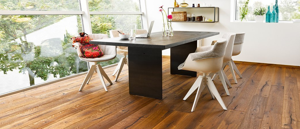 title b den in kupferzell umgebung einrichten mit holz b gner. Black Bedroom Furniture Sets. Home Design Ideas